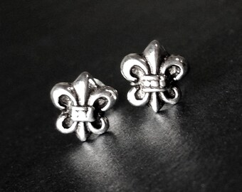 925 Solid Sterling Silver  FLEUR DE LYS #2 Earrings- Small- Oxidized- Studs/Fleur de Lis