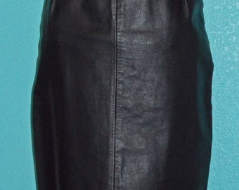 "1980s Vintage ""Phoenix"" Black Leather Pencil Skirt — size 5-6"