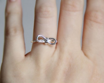 Sterling Silver Bow Ring. Ribbon Ring. Adjustable Ring