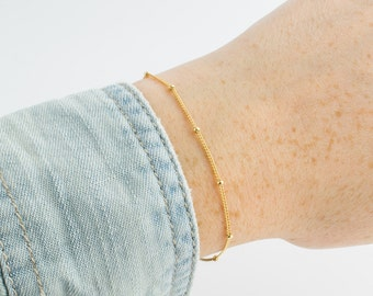 Thin gold bracelet | Tiny gold chain bracelet, Layering bracelet, Dainty beaded bracelet, Simple jewelry