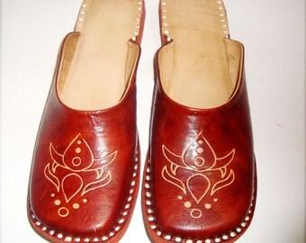 HANDMADE SIMPLE JUTTI, Women Shoes, On sale Shoes, Women Leather Shoes,ladies sandals,Ethnic shoes,leather flipflops,winter shoes