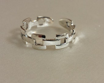Adjustable Chain Ring - .925 Sterling Silver - Toe Ring or knuckle ring