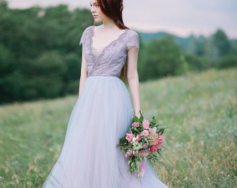 Tulle wedding gown, Lace and tulle V neckline wedding dress with cup sleeves and sparkle details embellishment // Lavanda