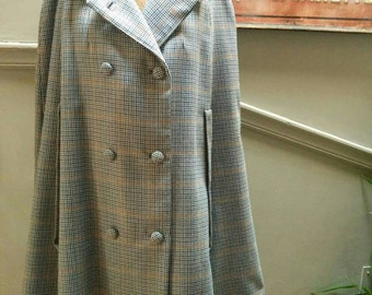 Vintage 60s Sherlock cape/cloak/coat! Plaid, one size fits most, slash pockets/sleeves
