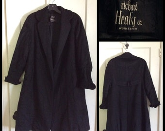 Vintage 1950's Black Mohair Wool Trapeze Swing Coat Scalloped Collar and Cuffs looks size Medium no closures