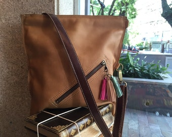 Crossbody bag, tan leather cross body, fold over bag, Leather shoulder bag, Everyday bag