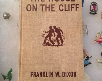 Vintage Hardy Boys The House On The Cliff copyright 1959 HD