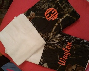 Boys or Girls 2pc Camo burp cloth set