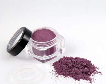 FANTASY Loose Powder Mineral Eye Shadow