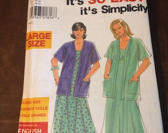 Simplicity plus sized women's jacket and dress pattern