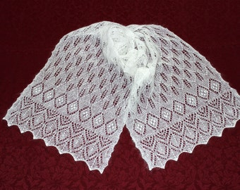 Knitted female white stole / Knitted stole