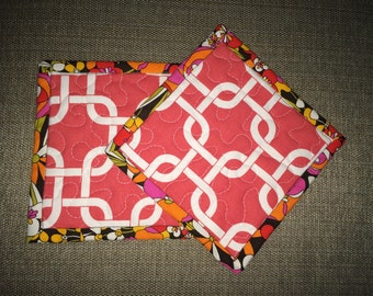 Quilted Pot holders , Potholders,pot holders, Fabric Pot holders, Contemporary Potholders ,7 x 7 inch,pink