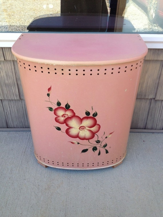 Vintage 1940s Detecto Pink Laundry Hamper With Handpainted