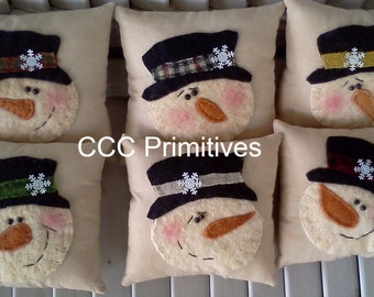 Primitive Christmas Snowman Pillow -  Snowman Ornie - Snowman Ornament - Snowman Bowl Filler - Holiday Pillow - Snowman Pillow