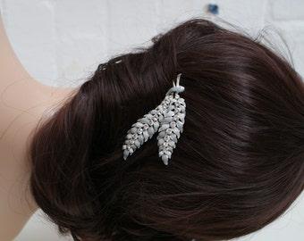 Vintage comb, Crystal wedding hair comb, silver grey hair accessory, Bridesmaids hair comb