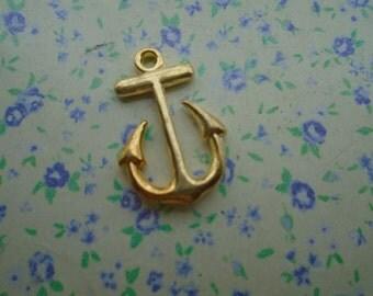 20 pcs of gold color metal anchor pendant charm , 23*15mm , MP44