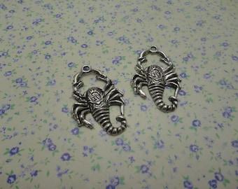 10 pcs of antique silver color metal scorpion pendant charm , 40*25mm , MP373