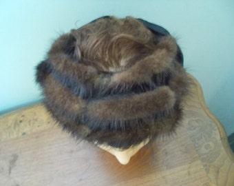 A Carol Ann Hat Triple Row Faux Hat (1327)