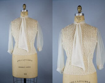 Wheat Sheaf Embroidered Blouse / 50s Blouse / 1950s Sheer Ivory Nylon Blouse