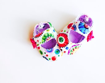 Baby mary janes, shoes and slippers, colorful baby shoes, purple blue pink green yellow, rainbow colors, baby girl shoes, new baby gift