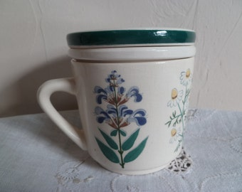 Complete German made Vintage Tea cup with lid and strainer waechtersbach (western Germany)