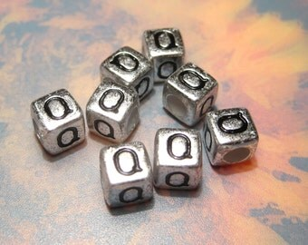 "50pcs Antique Silver Alphabet Letter ""Q"" Acrylic Cube Spacer Beads 6x6mm"