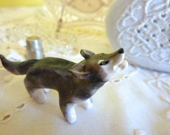 Wolf Figurine Totem