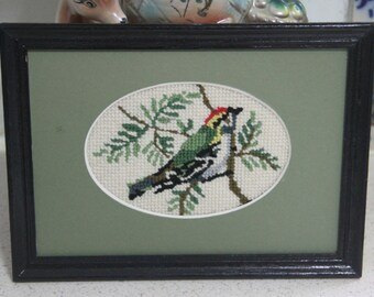 Vintage  Bird Art / Needlework Embroidery Wall Art / Vintage Framed Crewel/Tapestry