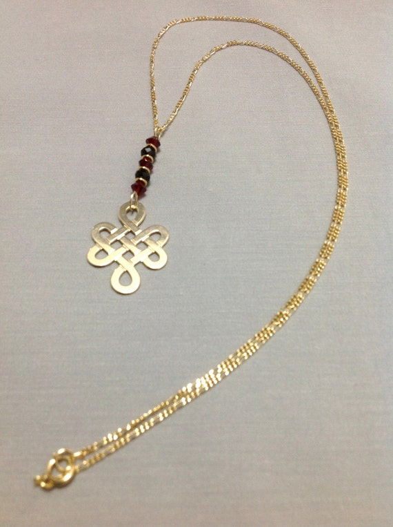 endless knot pendant made of 14k gold filled by oritwhitelight