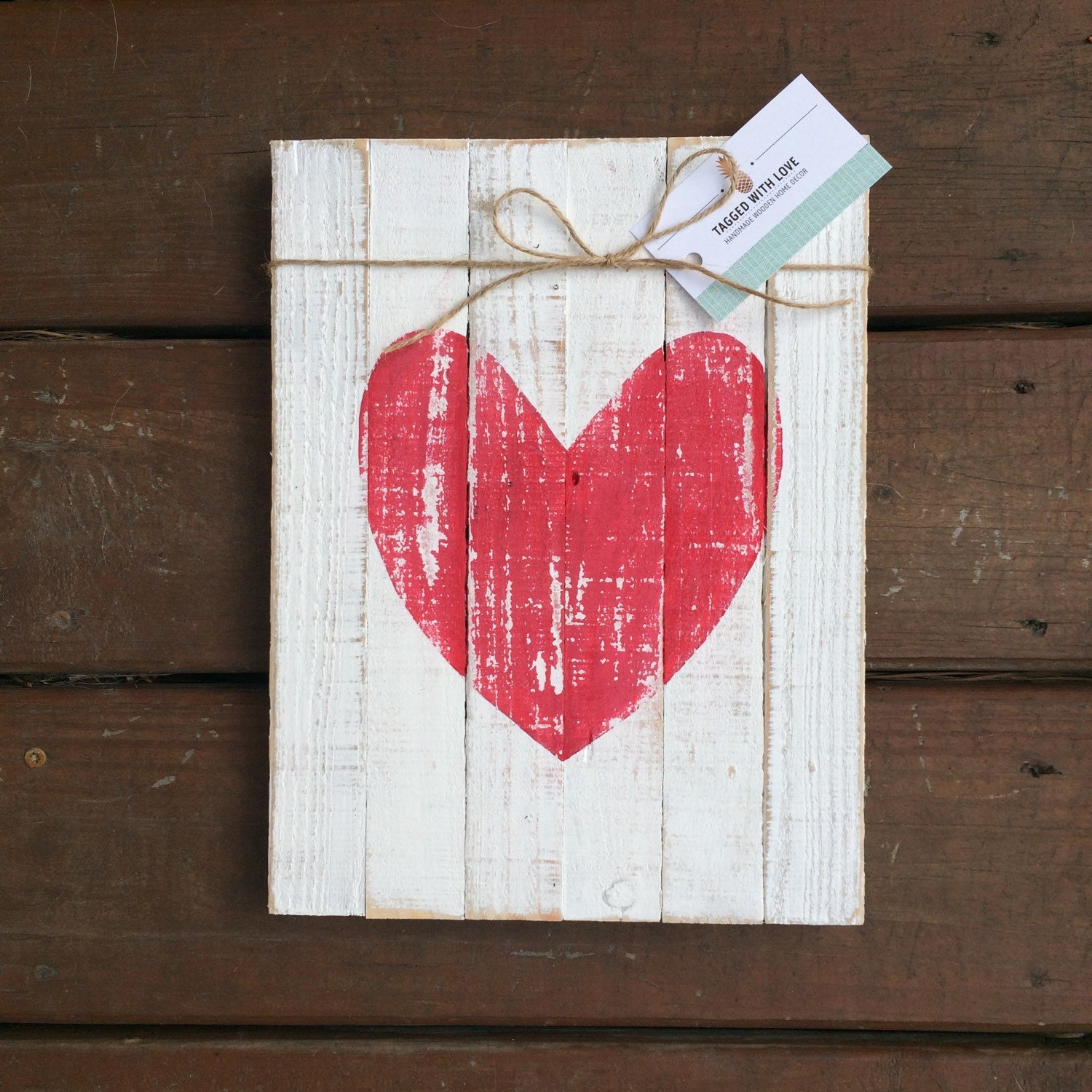 Reclaimed wood sign wooden heart sign wood wall art for Wooden heart wall decor