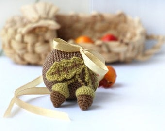 Crochet small  Ball. Autumn Holiday decor. Brown  Crocheted Ball. Crochet for home. home decor. crocheted acorns autumn decoration.
