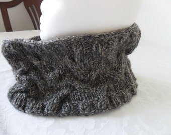 Hand knitted chunky cabled cowl by Liz