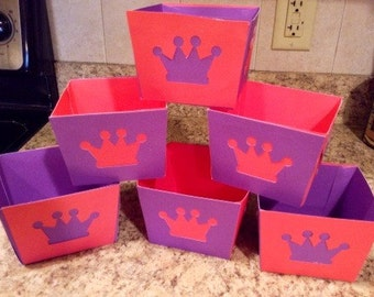 "Set of 6 ""princess"" pink and purple ""cupcake to go"" boxes"