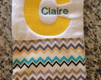 Embroidered burp cloth, Monogrammed burp cloth, Personalized burp cloth, Girls burp cloth, Boys burp cloth, Baby shower gift, Chevron