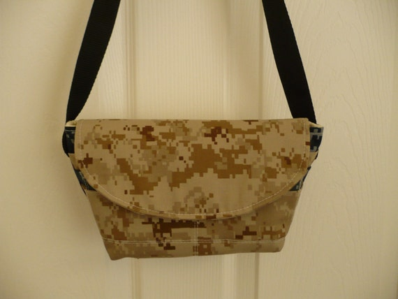 U.S. Army/Navy Waist Pouch