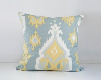 """Elise Accent Pillow 22"""""""