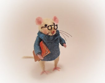 Mouse, Mouse doll, Doll, Felt, Felt mouse, Felt doll, Stuffed toys,Stuffed mouse, Rat, Rat doll, Needle Felted Animal, Mice gift, Tiny mouse