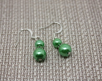 Green pearl fishhook earrings E 445