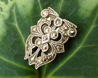 Antique Marcasite and Sterling Silver Fur Clip or Brooch - [#167 - DC - Box 3]