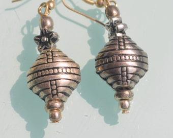 Beautiful Simple Classic Rajasthan Jaipur style Indian beads drop earrings.