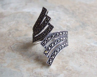 Free US shipping, vintage marcasite sterling silver ring, marcasite womens ring, sterling silver ring, size 9 ring