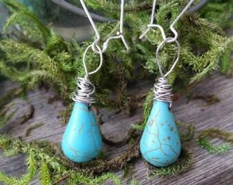 Turquoise Wire Dangles/renaissance/victorian/antique/vintage