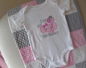 Girl First Birthday Onesie, 1st Birthday Girl Onesie, Birthday Elephant Onesie, 1st Birthday Outfit, Girl Birthday Bodysuit, 1st Birthday