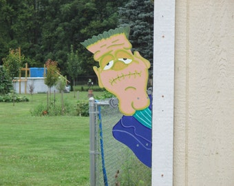 Frankenstein Yard Sign Peeker