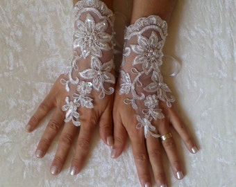 Wedding Gloves, Silver frame , Sparkles Stones, Lace Wedding Accessory, Bridal accessory, Fingerless Gloves, Ivory,