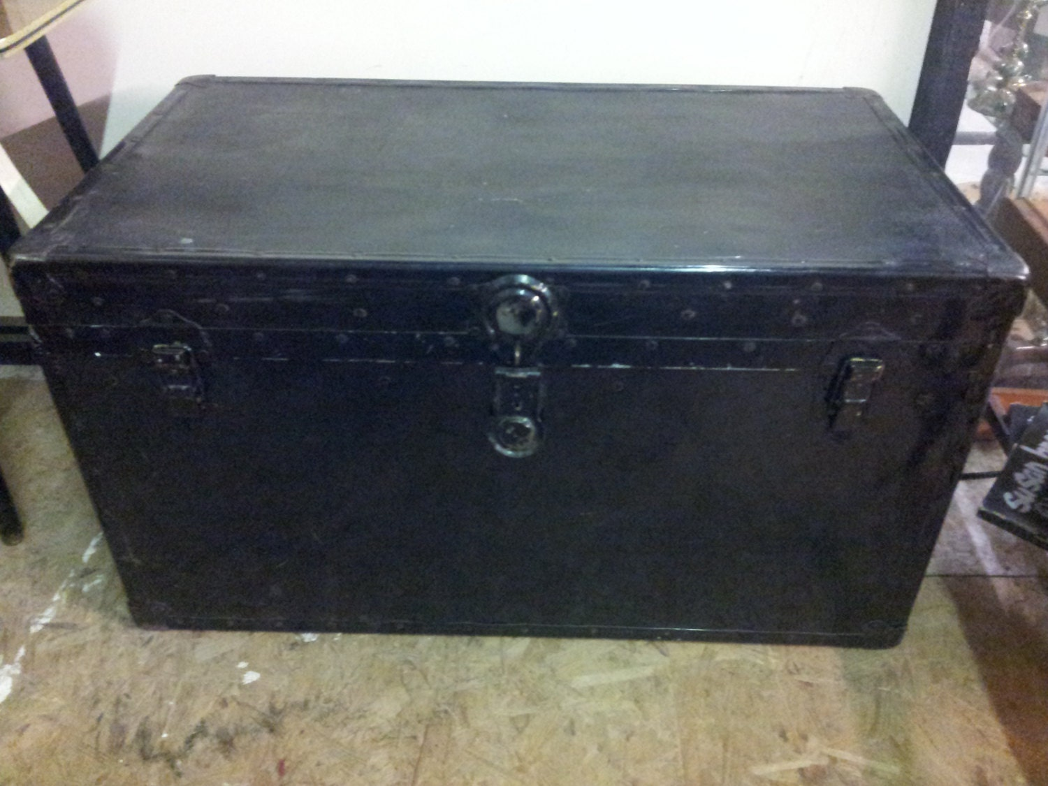 Vintage large wood and metal storage trunk coffee table industrial trunk industrial storage Metal chest coffee table
