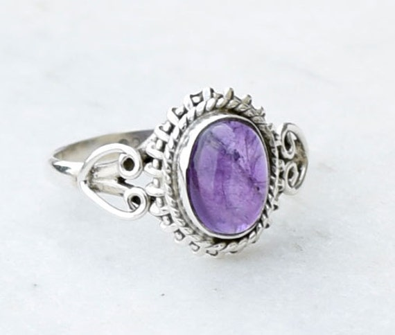 925 sterling silver Amethyst Ring Girl / Women Small Stone Ring US Size 5 6 7 8 9 10 11 12