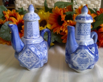 Vintage Blue And White Floral Design Porcelain Tea Pot. Pair of Tea Pots From The 1970's. Made in China.