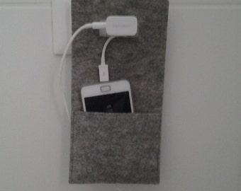 Felt pouch for phone, grey