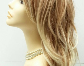 Long 18 inch Mixed Natural Beach Blonde Wavy Wig with Premium Heat Resistant Fiber. [30-175-Monday-T27/613]